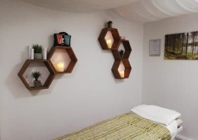 Treatment-Room-Shelf-Wall